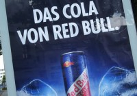 Cola-Werbung in Wuppertaler City-Light-Poster